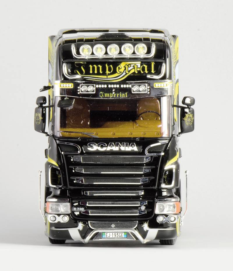 Maqueta Italeri Scania R730 frontal